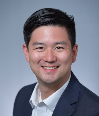 Dentist New York - Headshot of Dr. Chau our Periodontist