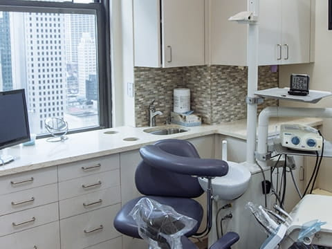 Dentist Midtown Manhattan- We pamper you at our beautiful offices in Manhattan NY