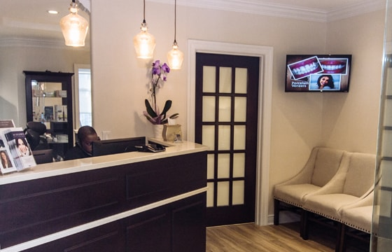 Comfortable Office Entry of Midtown Dental Excellence, a cosmetic dentist office in Midtown NY