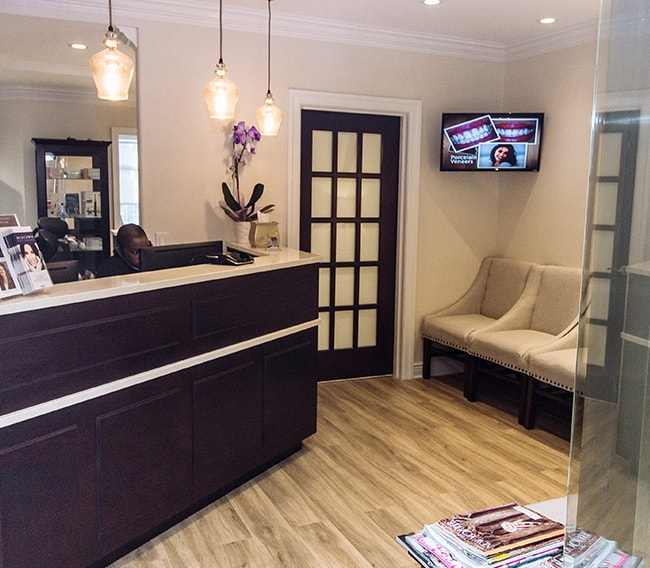 New York Cosmetic Dentists who make it easy to relax during your visit