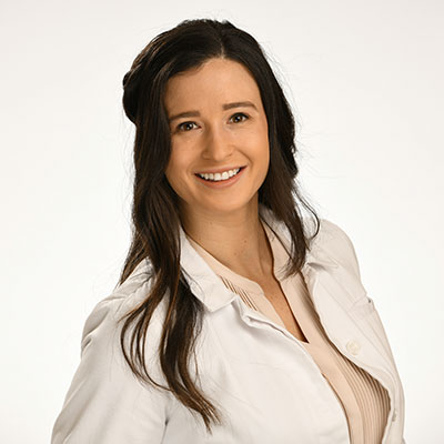 Dr. Danielle Winters who is a Midtown Manhattan dentist at Midtown Dental Excellence