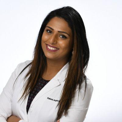 Dr. Saloni Angra smiling