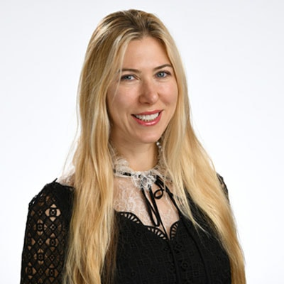 Dr. Victoria Laor who is an oral surgeon in Midtown Manhattan